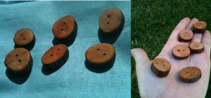 Kat set of 6 wooden buttons